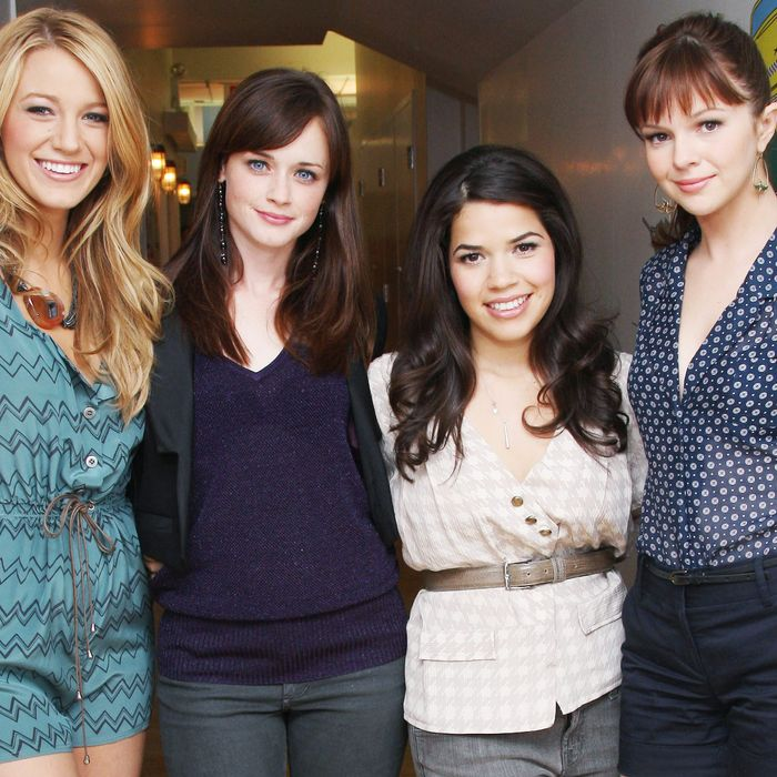 Four co-workers: Blake Lively, Alexis Bledel, America Ferrera, and Amber Tamblyn.