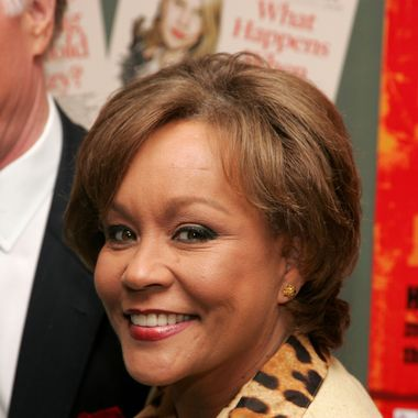 "TV Anchor Sue Simmons attends the New York Premiere of ""The Hunting Party"" at the Paris Theater on August 22, 2007 in New York City."
