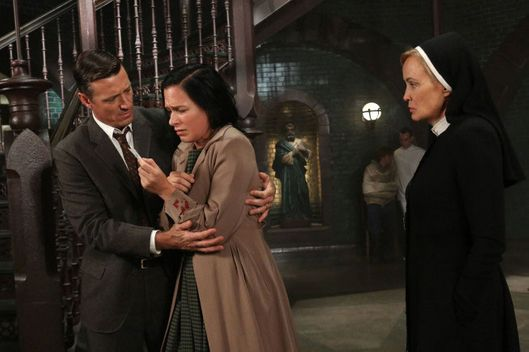 AMERICAN HORROR STORY I Am Anne Frank, Pt. 2 -- Episode 205 (Airs Wednesday, November 14, 10:00 pm e/p) -- Pictured: (L-R) David Chisum as Jim Brown, Franka Potente as Kassie, Jessica Lange as Sister Jude