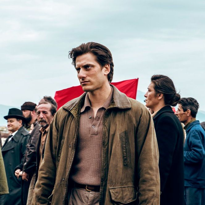 Luca Marinelli in 'Martin Eden.'