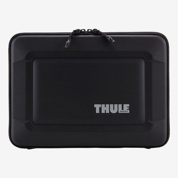 "Thule Gauntlet 3.0 15"" MacBook Pro Retina Sleeve"