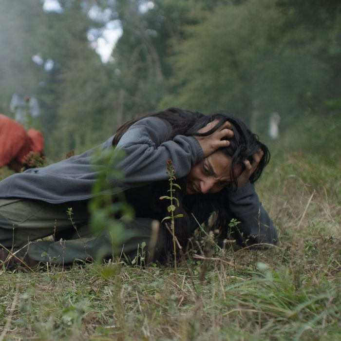 Joel Fry and Ellora Torchia in In the Earth