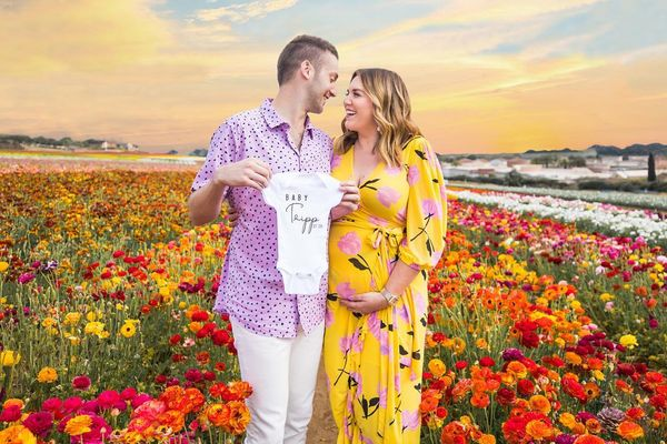 Congrats to Curvy Wife Guy and His Curvy Wife on Their Expectedly Cringey Pregnancy Announcement