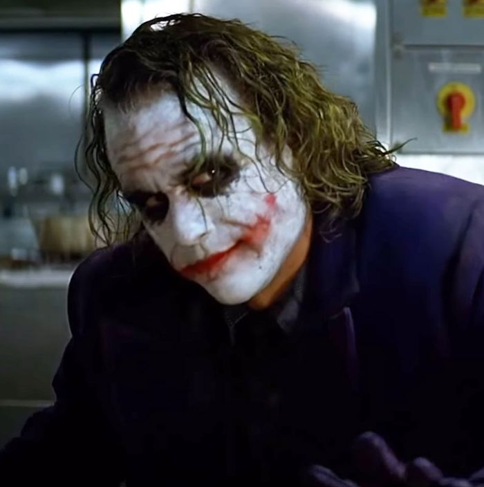 The Dark Knight S Pencil Trick An Oral History