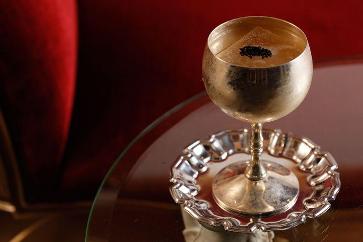 The Axel Von Fersen: bourbon, applejack, sesame, curry, black caraway.