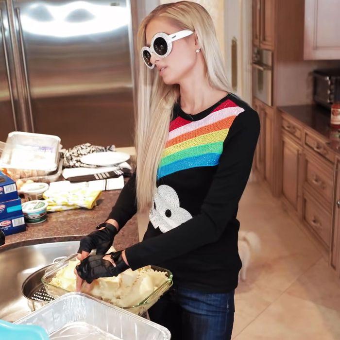 The Beauty Of Paris Hilton S Celebrity Cooking Video