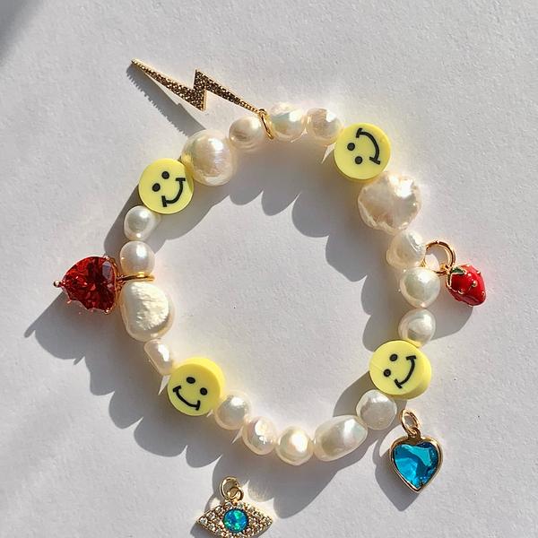 BONBONWHIMS Adjustable Smiley Charm Bracelet