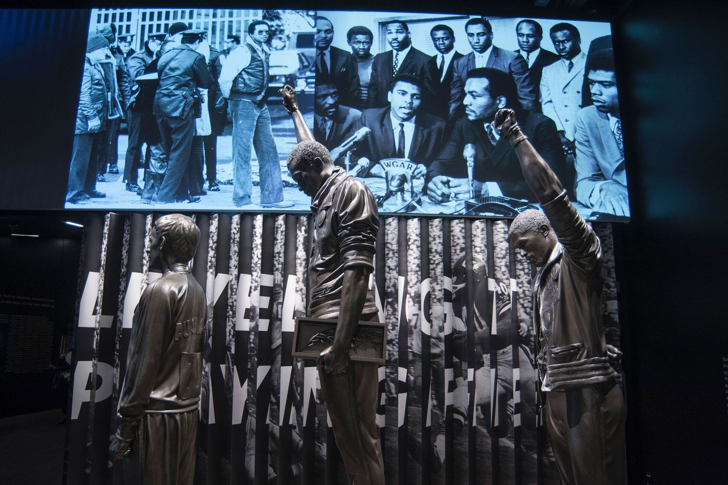 the gorgeous, reductive african-american museum in d.c.