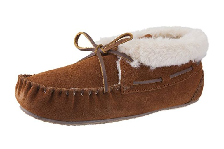 Minnetonka Chrissy Slipper Bootie