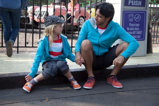 Eugenio Derbez and Loreto Peralta in Instructions Not Included.