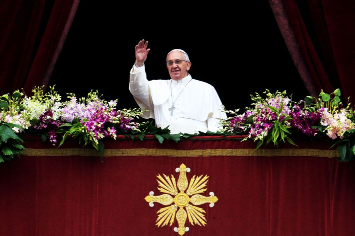 VATICAN-POPE-EASTER-MASS-HOLY WEEK