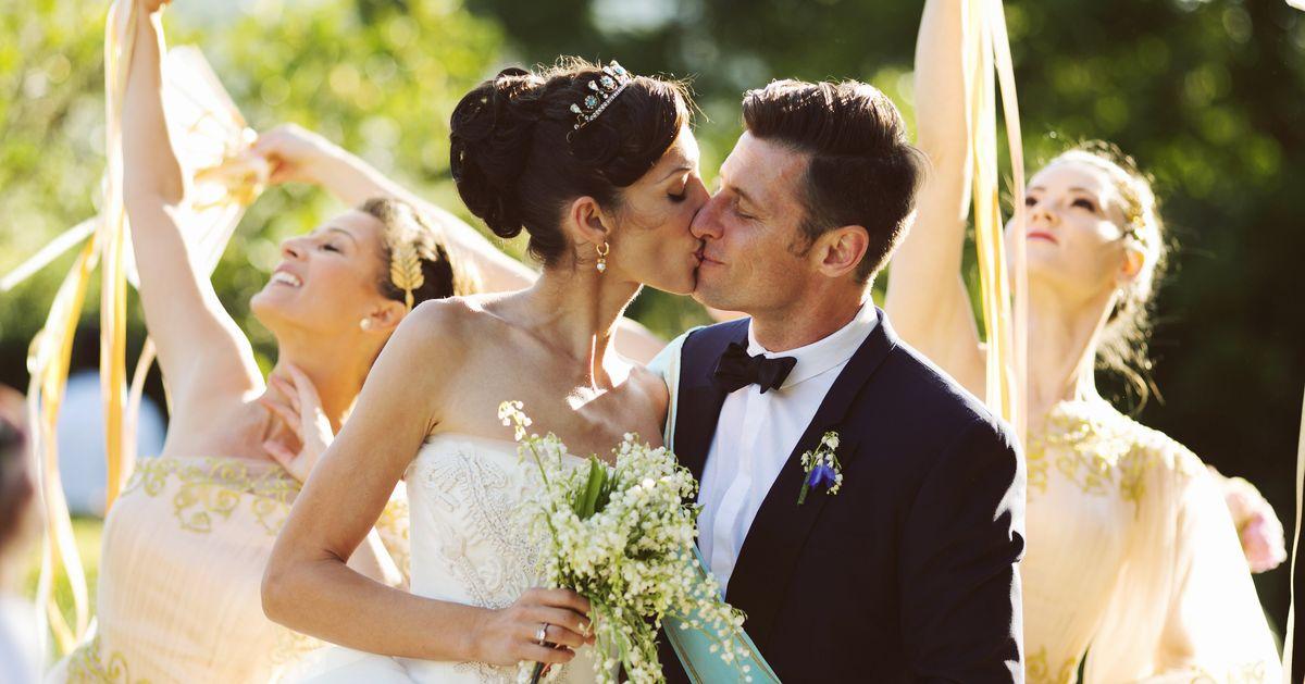 The Wedding Files Alexandra And Scott Anthony