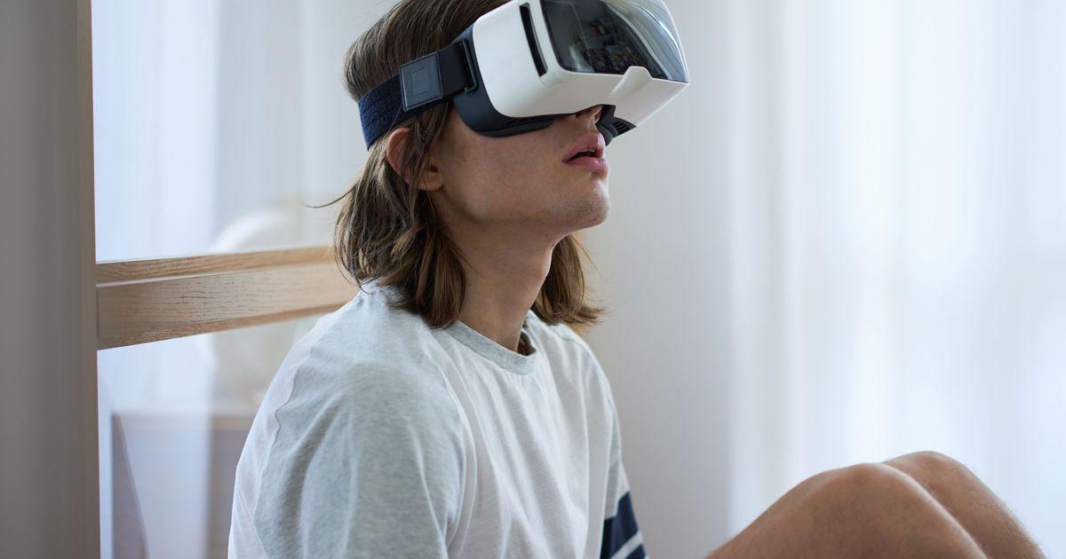 Virtual-Reality Porn Is Killing Boners