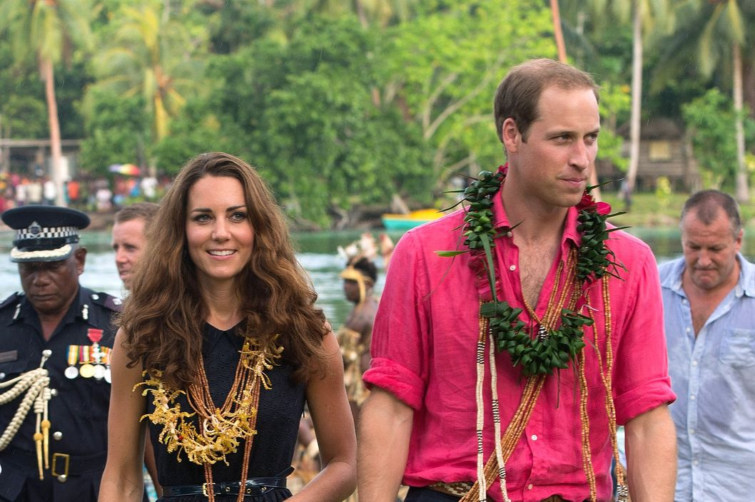 HONIARA, GUADALCANAL ISLAND, SOLOMON ISLANDS - SEPTEMBER 17: Catherine, Duchess of Cambridge and Prince William, Duke of Cambridge visit Tuvanipupu Island on their Diamond Jubilee tour of the Far East on September 17, 2012 in Honiara, Guadalcanal Island. Prince William, Duke of Cambridge and Catherine, Duchess of Cambridge are on a Diamond Jubilee tour representing the Queen taking in Singapore, Malaysia, the Solomon Islands and Tuvalu.  (Photo by Samir Hussein/WireImage)