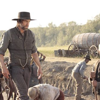 Cullen Bohannon (Anson Mount) and Elam Jefferson (Common) - Hell On Wheels - Season 1, Episode 1 - Photo Credit: Chris Large/AMC - HOW_101_2425