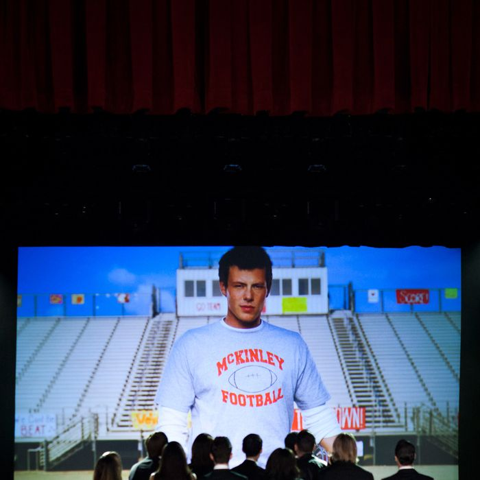 Glee Recap: His Voice in Our Head