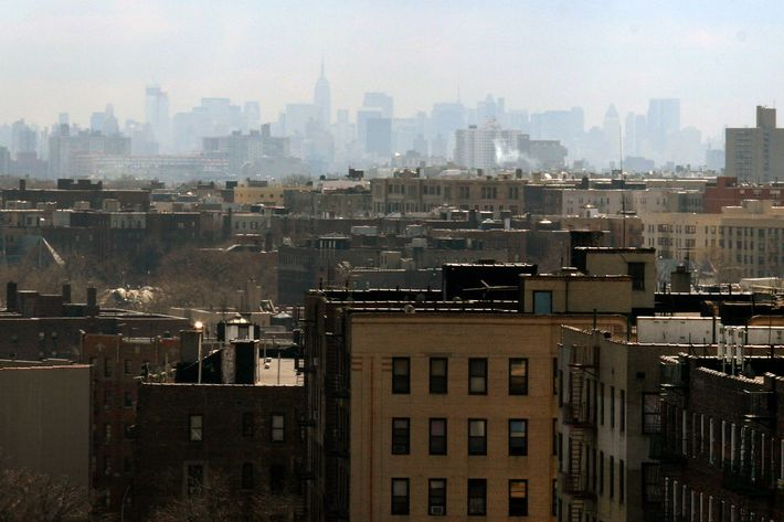 27 Mar 2004, New York State, USA --- The New York City skyline is viewed through the haze from the Bronx. --- Image by ? Andrew Holbrooke/Corbis