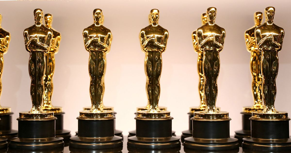 The Oscars Stage Will Reportedly Have 40,000 Real Roses, Zero Real Hosts