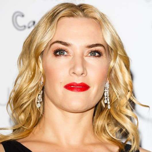 Kate Winslet Predicts Leo Will Win the Oscar Over Michael Fassbender ...