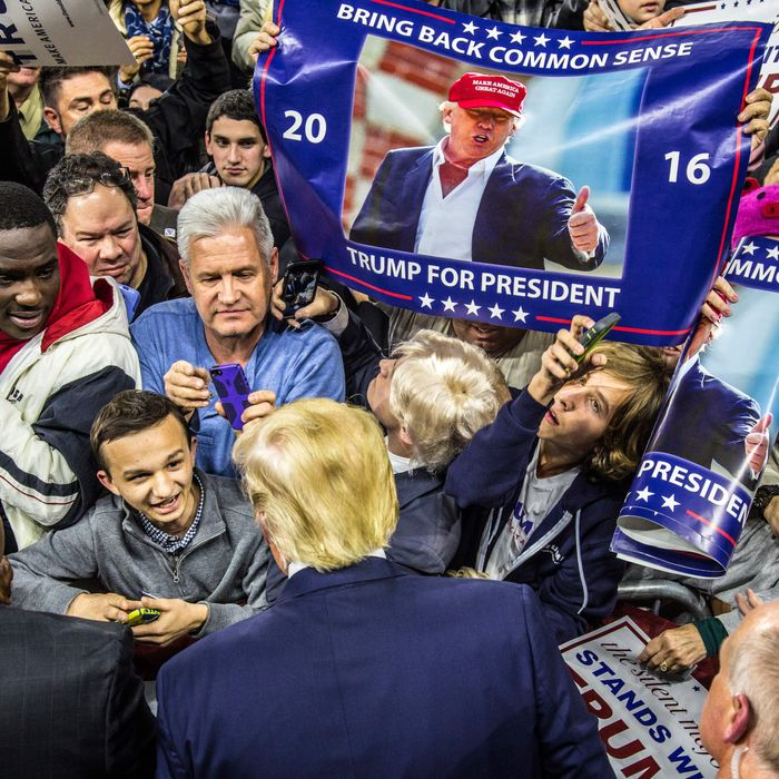 Donald Trump rally in Lowell, Mass., January 4, 2016
