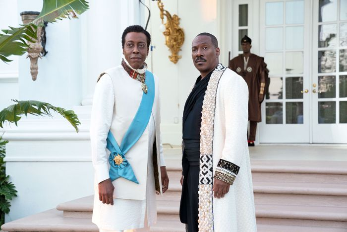 Arsenio Hall and Eddie Murphy star in Coming 2 America.  Photo: Quantrell D. Colbert © 2020 Paramount Pictures