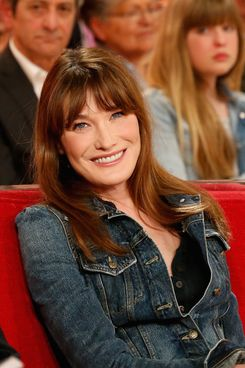 Carla Bruni during the French TV show 'Vivement Dimanche' at Pavillon Gabriel on March 19, 2014 in Paris, France.