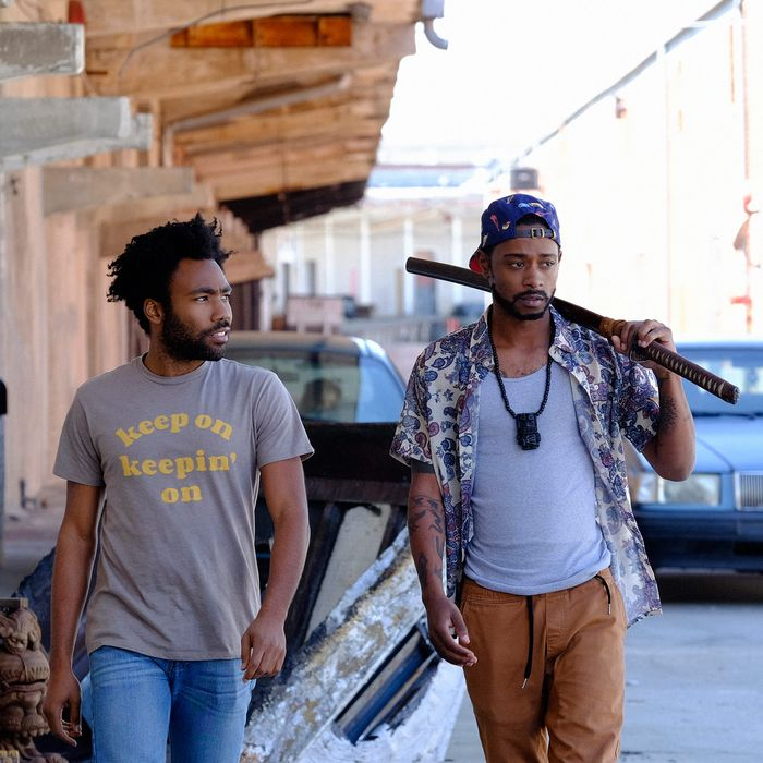 """ATLANTA -- """"The Streisand Effect"""" -- Episode 104 (Airs Tuesday, September 20, 10:00 pm e/p) Pictured: (l-r) Donald Glover as Earnest Marks, Keith Standfield as Darius. CR: Guy D'Alema/FX"""