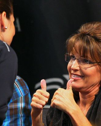 BLOOMINGTON, MN - JUNE 29: Sarah Palin greet fans at the Best Buy Rotunda at Mall of America on June 29, 2011 in Bloomington, Minnesota. (Photo by Adam Bettcher/Getty Images)