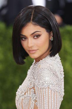 Kylie Jenner, storeowner.