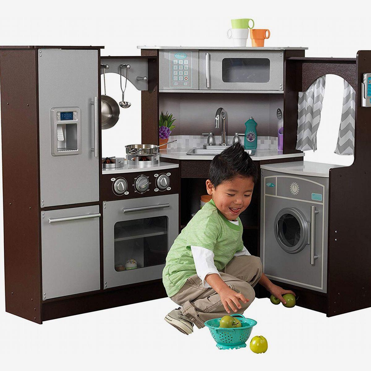 4 Best Toy Kitchen Sets 4  The Strategist  New York Magazine