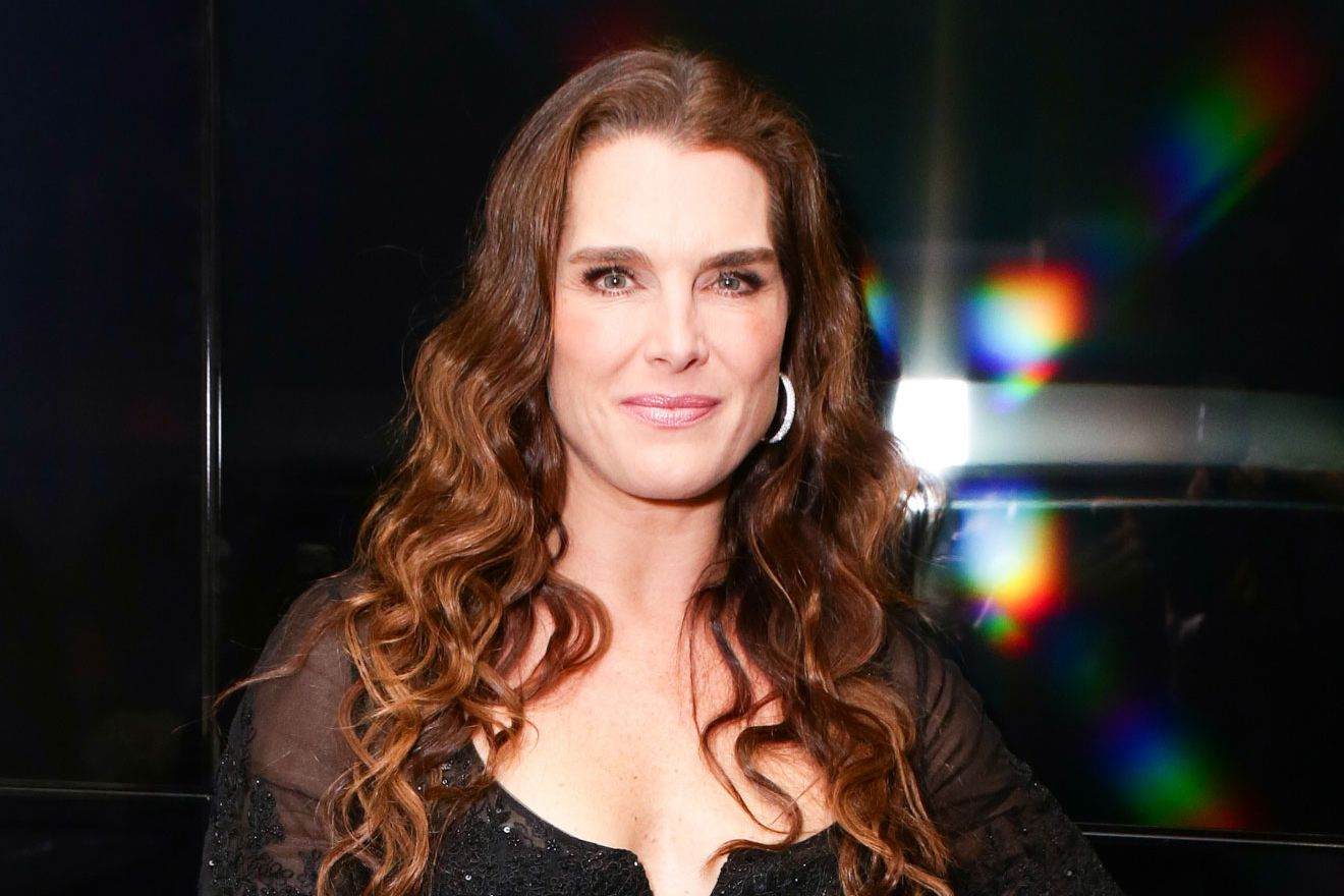 Brooke Shields On Eyebrows Cara Delevingne And Her New Mac Line