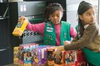 World's Smartest Girl Scout Sells Lots of Cookies Outside Marijuana Clinic