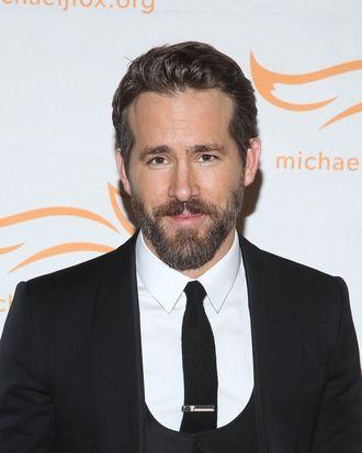 NEW YORK, NY - NOVEMBER 22: Ryan Reynolds attends