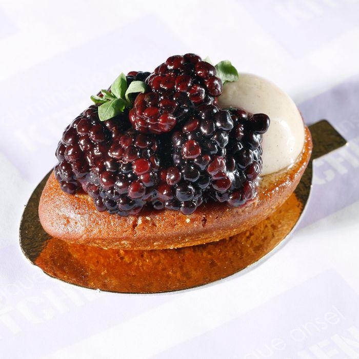 Dominique Ansel Kitchen's blackberry shortbread.