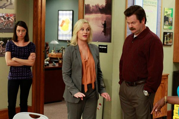 """PARKS AND RECREATION -- """"I'm Leslie Knope"""" Episode 401 -- Pictured: (l-r) Aubrey Plaza as April Ludgate, Amy Poehler as Leslie Knope, Nick Offerman as Ron Swanson -- Photo by: Ron Tom/NBC"""
