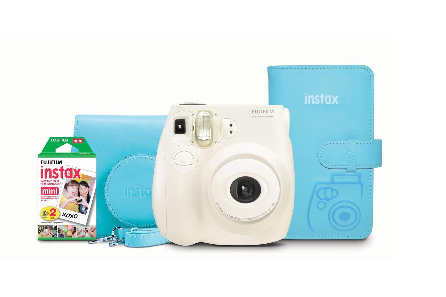 Fujifilm Instax Mini 7s Holiday Bundle