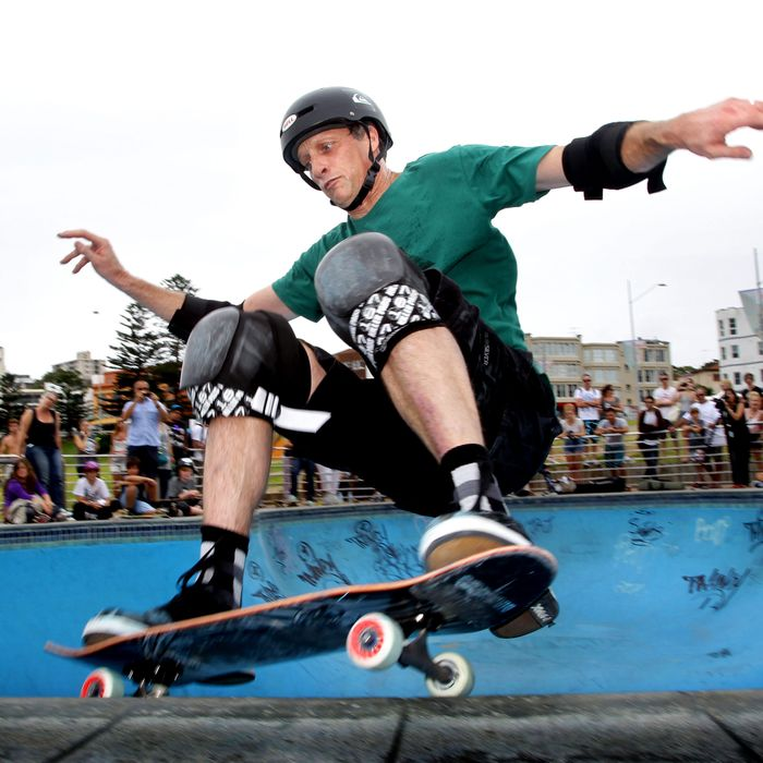 tony hawk explains how he would fix the skateboard emoji