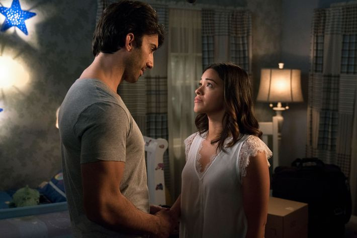 Jane the Virgin Recap: Season 4 Episode 9