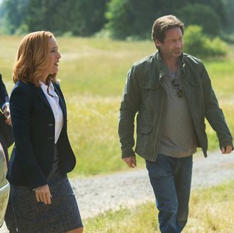 THE X-FILES: L-R: Guest star Joel McHale, Gillian Anderson and David Duchovny.