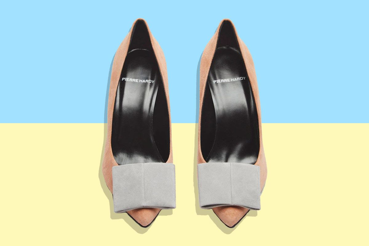 1a3ee816ba6 Deal of the Day  70 Percent Off Rich-Lady Pumps From Pierre Hardy