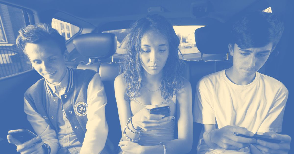 Internet-Addled Teens Are Worse at Awkward, Necessary Dating Conversations