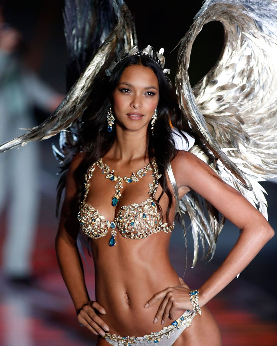 3b23e839d421 Victoria's Secret Fashion Show Fantasy Bras 2018, Ranked