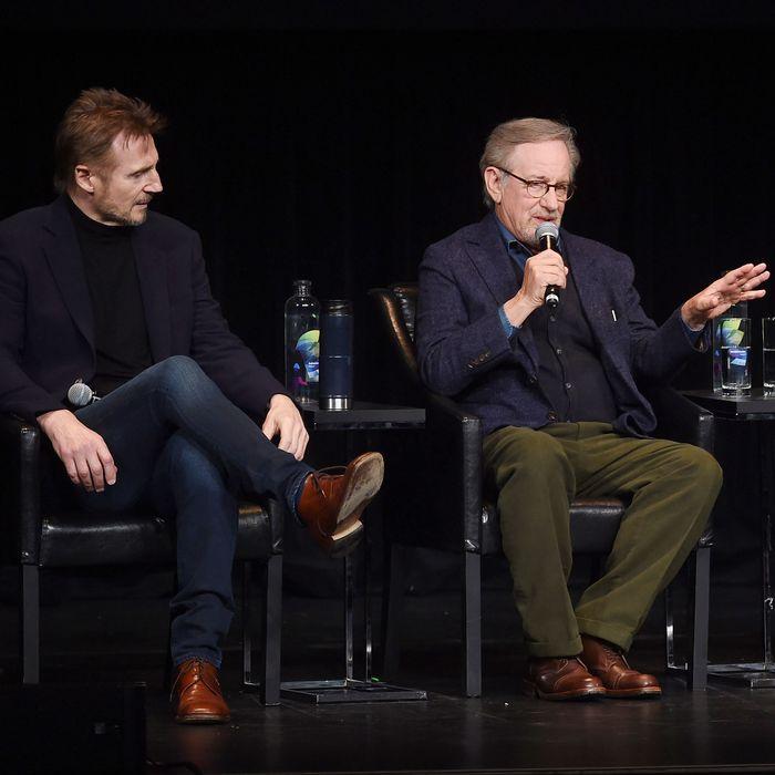 Robin Williams Helped Steven Spielberg Film Schindlers List