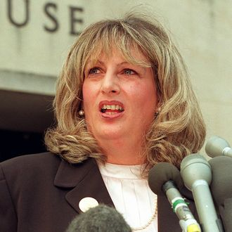 linda tripp - photo #19