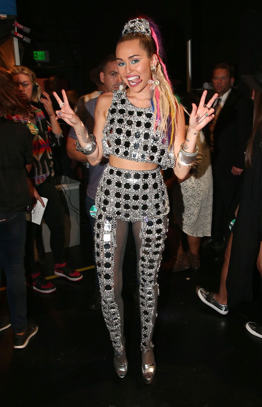 Miley Cyrus S Vmas Outfits Ranked From Bad To Worse