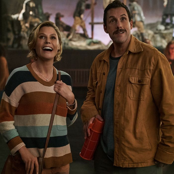 Julie Bowen and Adam Sandler in Hubie Halloween.