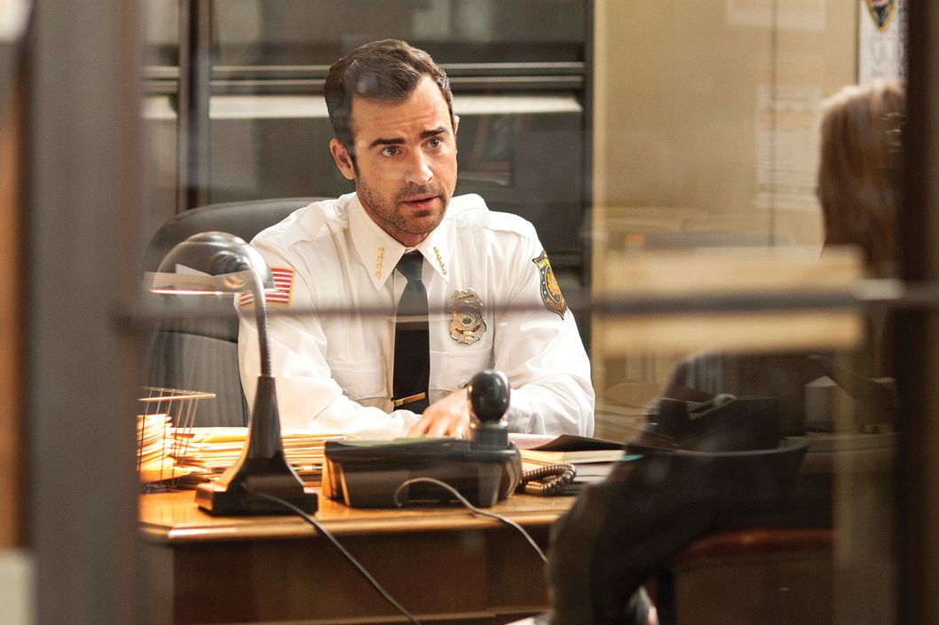 "HBO  2014The Leftovers Episode 102""Penguin One, Us Zero""Characters-Justin Theroux-  KevinFrank Harts-  Deputy Dennis LuckyBill Heck-  Darren"