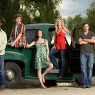 "This undated promotional photo, provided by CBS, shows cast members of the network's new series, ""Jericho,""  from left, Lennie James, Erik Knudsen, Sprague Grayden, Ashley Scott and Skeet Ulrich. In the drama premiering Sept. 20, they are residents of a small Kansas town which is plunged into chaos after a nuclear mushroom cloud appears on the horizon. Millions of television show episodes have been streamed over the Web by broadcast networks over the past month, with ""Heroes"" and ""Jericho"" emerging as favorites among people who watch TV on their computers. (AP Photo/CBS, Cliff Lipson, HO)"
