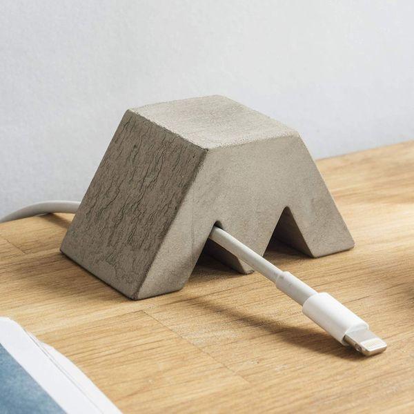 Good Design Works Concrete Cable Holder