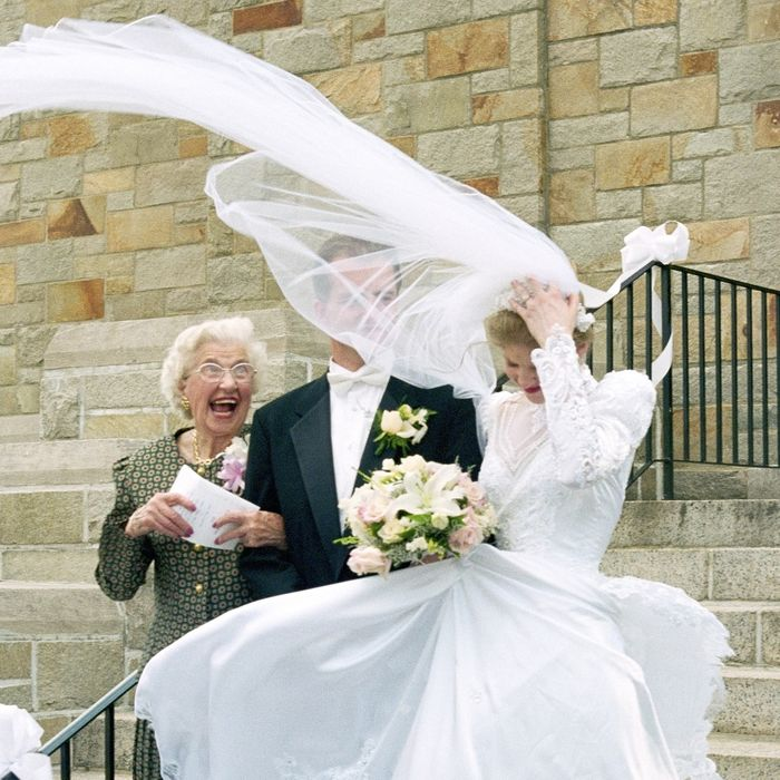 flying wedding veil